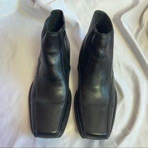 Alfani Bantem Leather Ankle Boot Shoes, size 8